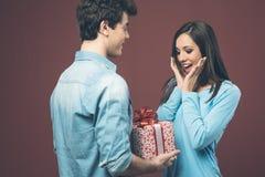 Geschenk des Valentinsgrußes Stockbild