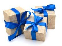 Geschenk eingewickeltes blaues Band Lizenzfreie Stockfotografie