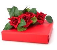 Geschenk mit Blumendekor Stockfotos