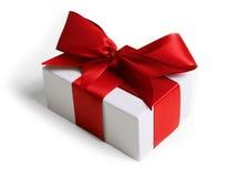 Geschenk mit Farbband und Bogen Stockfotos