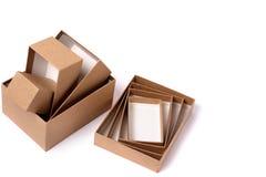4 Geschenkboxen f?r Geschenke lizenzfreie stockfotos