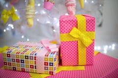 Geschenke für Frau Stockfotos