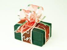 Geschenkkasten mit Bogen Stockfoto