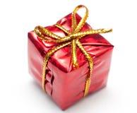 Geschenkkasten verziert mit Farbband Stockfotos