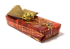 Geschenkverpackung getrennt auf weißem Hintergrund Stockfotografie