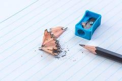 Gescherpt pencel met slijper stock foto