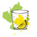 Geschetste cocktail op bespatte achtergrond. Vectorillustratie van Stock Fotografie