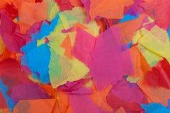 Gescheurd gekleurd papieren zakdoekje Royalty-vrije Stock Foto's
