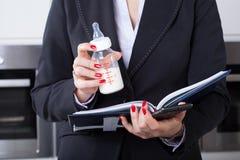Geschäftsfrau oder Mutter Lizenzfreies Stockbild