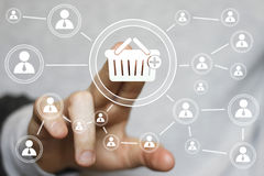 Geschäftsknopfkorblaufkatzen-Verbindungskaufende on-line-Ikone Stockfotos