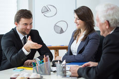Geschäftsleitung während des Geschäftstreffens Lizenzfreie Stockfotos