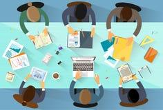 Geschäftsleute Arbeitsplatzspitzenwinkel über Ansicht Lizenzfreies Stockbild