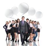 Geschäftsleute, die mit Dialogblasen sprechen Lizenzfreie Stockfotografie
