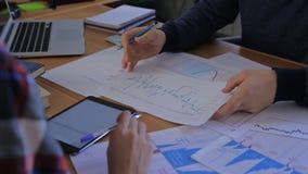 Geschäftsleute Teamarbeitsgruppe während der Konferenz stock footage