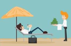 Geschäftsmann, der auf dem Strand sich entspannt Stockbilder
