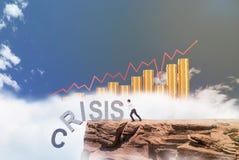 Geschäftsmann, der gegen Krise kämpft Lizenzfreies Stockbild