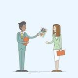Geschäftsmann-Give Businesswoman Paper-Belegdatei-Geschäftsleute Stockfotografie