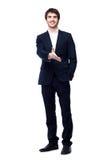 Geschäftsmann mit der Hand bereit, ein Abkommen zu versiegeln Lizenzfreies Stockfoto