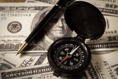 Geschäftsrichtung für Geld. Stockbild