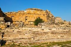 Geschichte-pamukkale alte Spalte und das römische Stockfotografie