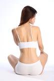 Geschikt gezond lichaam van jonge vrouw in wit ondergoed Royalty-vrije Stock Foto