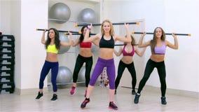 Geschiktheid Aerobics met lichaam-bar stock videobeelden