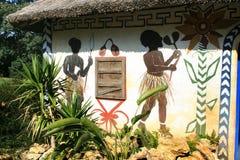 Geschilderd Afrikaans huis Stock Fotografie