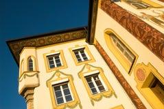 Geschilderd huis met traditionele thema's, Duitsland Stock Foto