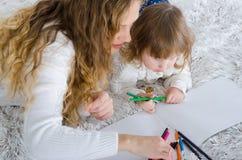 Geschilderd mamma en dochter Royalty-vrije Stock Afbeelding