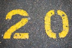 20 geschilderd in parkeerterrein Stock Fotografie
