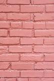 Geschilderde baksteen muur-verticaal Stock Afbeeldingen