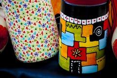 Geschilderde ceramische vaas Royalty-vrije Stock Foto's