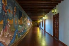 Geschilderde gang in Kykkos-klooster in Cyprus Stock Foto's
