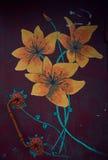 Geschilderde gele bloemen op een donkere achtergrond De Knop van de deur Stock Foto