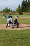 Geschlagener Eierteig betriebsbereit, am Baseball zu schwingen Stockfotografie