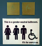 Geschlechtsneutrales Badezimmer-Zeichen Stockbilder