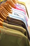 Geschlossen herauf T-Shirts Lizenzfreie Stockbilder
