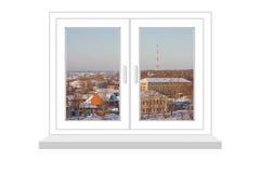 Geschlossenes Fenster mit einer Art auf Winterlandschaft Stockfotografie