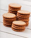 Geschmackvolle gebackene Plätzchen lizenzfreie stockbilder