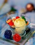 Geschmackvolle Vanilleeis-Sahne Stockfotos