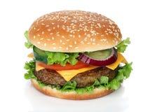 Geschmackvoller Hamburger lokalisiert auf Weiß Lizenzfreie Stockbilder