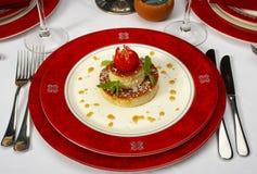Geschmackvoller Nachtisch auf einer Tabelle an der Gaststätte Stockbild