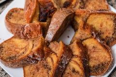 Geschmackvoller selbst gemachter traditioneller Fruchtkuchen stockbilder