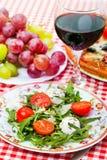 Geschmackvolles italienisches Abendessen Lizenzfreie Stockbilder