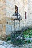 Geschmiedete Teile des orthodoxen Services im Troyan-Kloster, Bulgarien Lizenzfreie Stockbilder