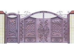 Geschmiedete Tore und Tür für das Errichten durch Verzierung Lizenzfreie Stockfotografie