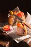 Geschnittene Schweinefleisch-Torte Stockfoto
