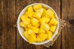 Geschnittener Ananasnahaufnahmeschuß, selektiver Fokus lizenzfreies stockfoto