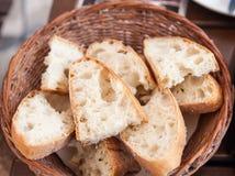 Geschnittenes Kroatien-Brot Lizenzfreie Stockfotografie