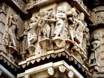 Geschnitzte Götter im Stein, Udaipur, Rajastan Lizenzfreie Stockfotografie